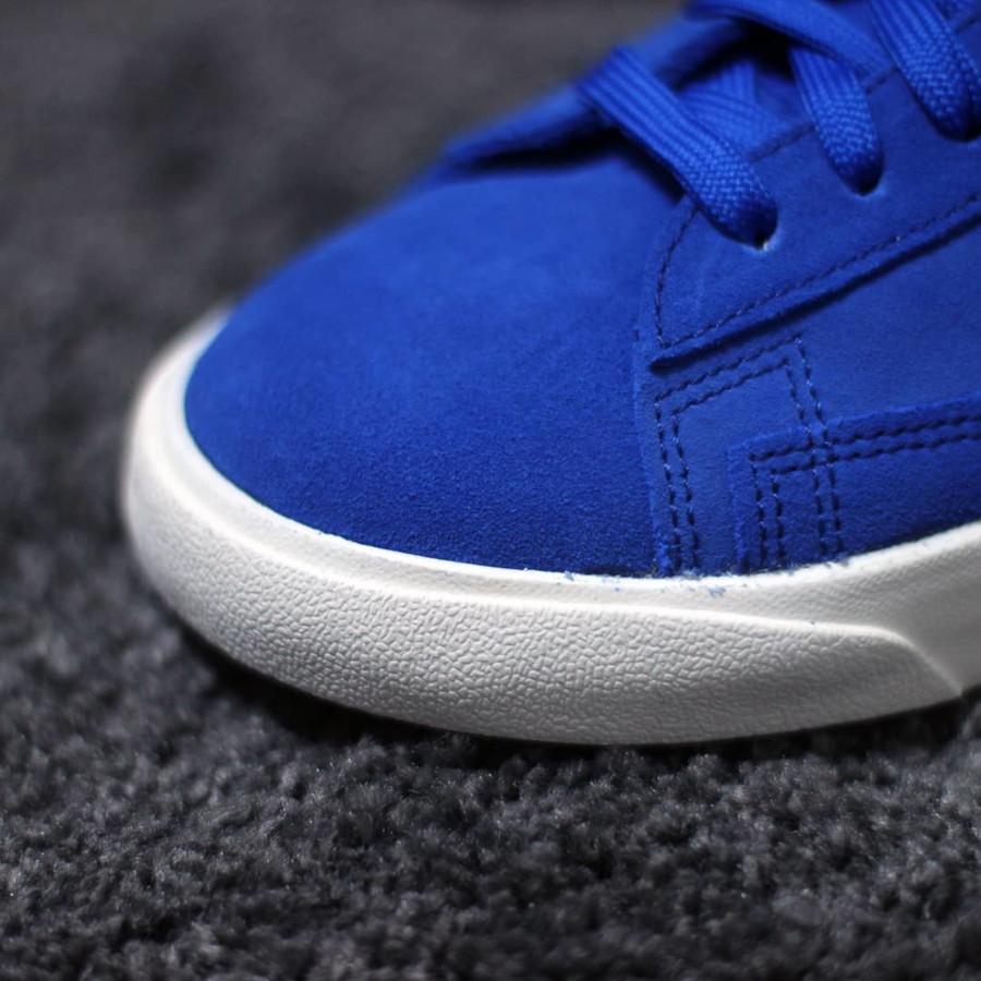 ST x Nike Blazer mi montante en suède bleu (2)