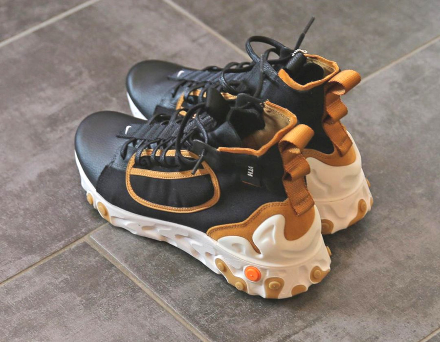 botte Nike React Ianga noire beige et blanche (2)