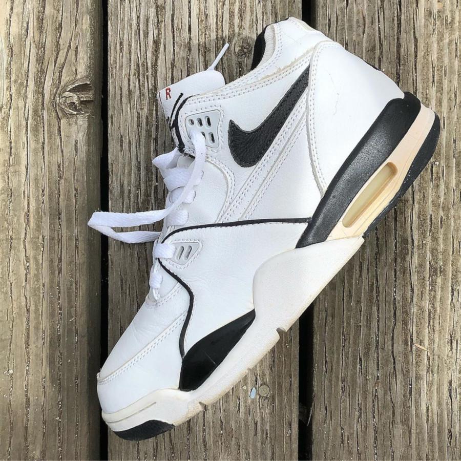 (1999) Nike Air Flight 89 White Black - @regrocksf