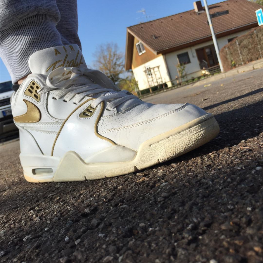 (2005) Nike Air Flight 89 White Metallic Gold - @fossi667