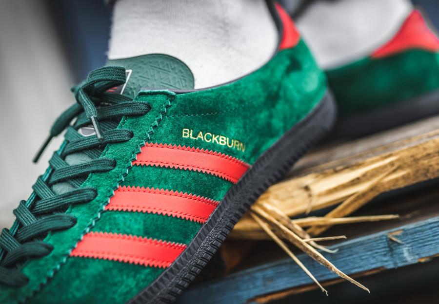 Adidas-SPZL-Blackburn-en-suède-vert-et-aux-3-bandes-rouge-rose-2