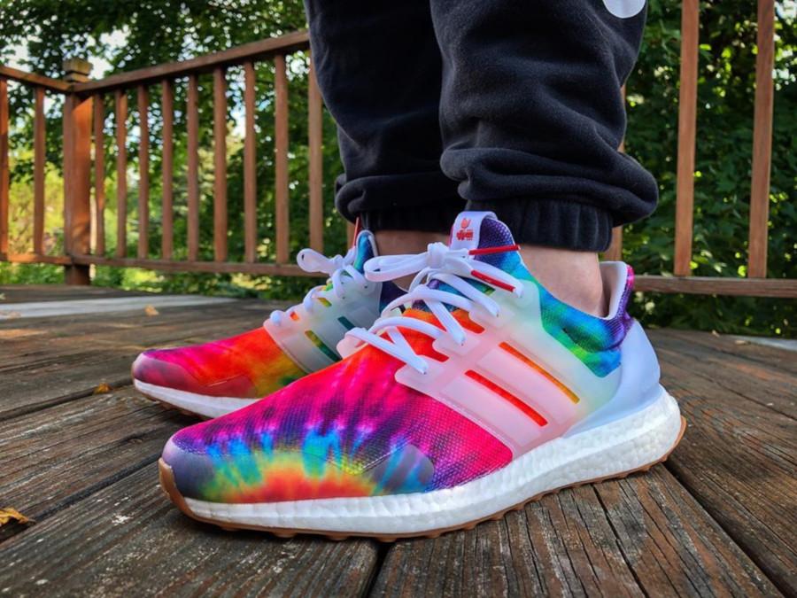 Adidas Ultra Boost avec imprimé psychédélique (3)