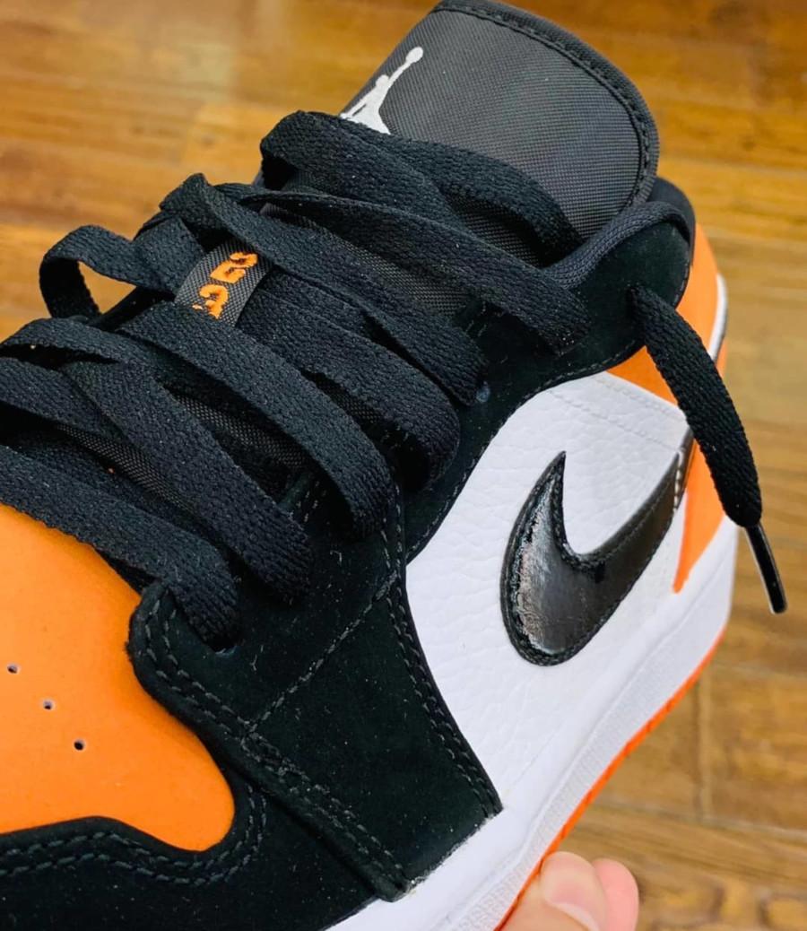 Air Jordan 1 basse blanche noire et orange 553558-128 (4)