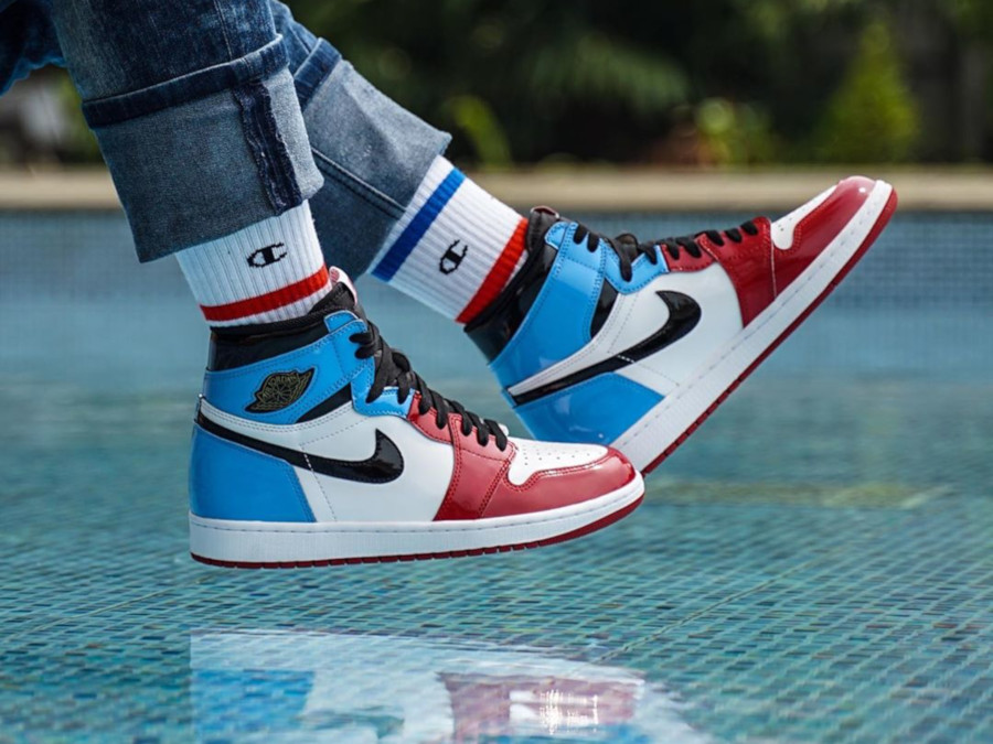 air jordan 1 mid bleu rouge