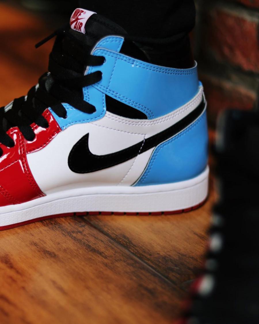 Air Jordan 1 montante en cuir brillant rouge et bleue CK5666-100 (5)