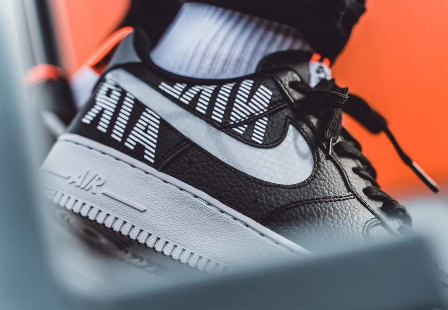 Nike-Air-Force-1-07-LV8-noire-blanche-et-grise-BQ4421-002-3