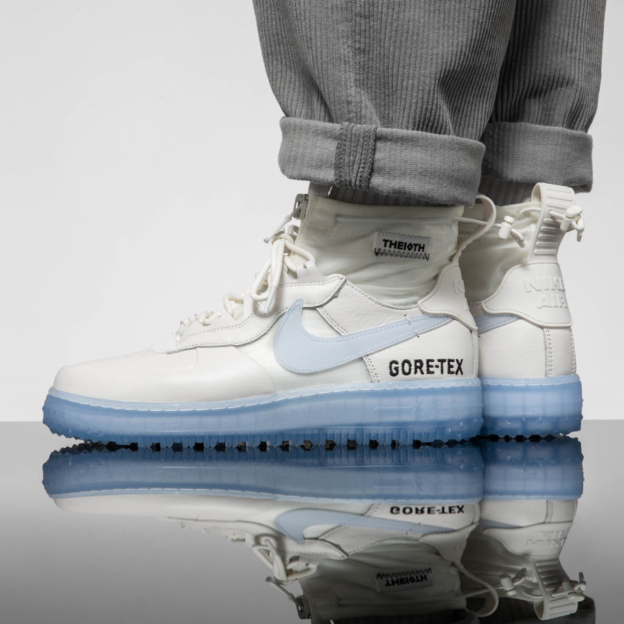 Nike Air Force One WTR GTX blanche avec semelle icy (3)