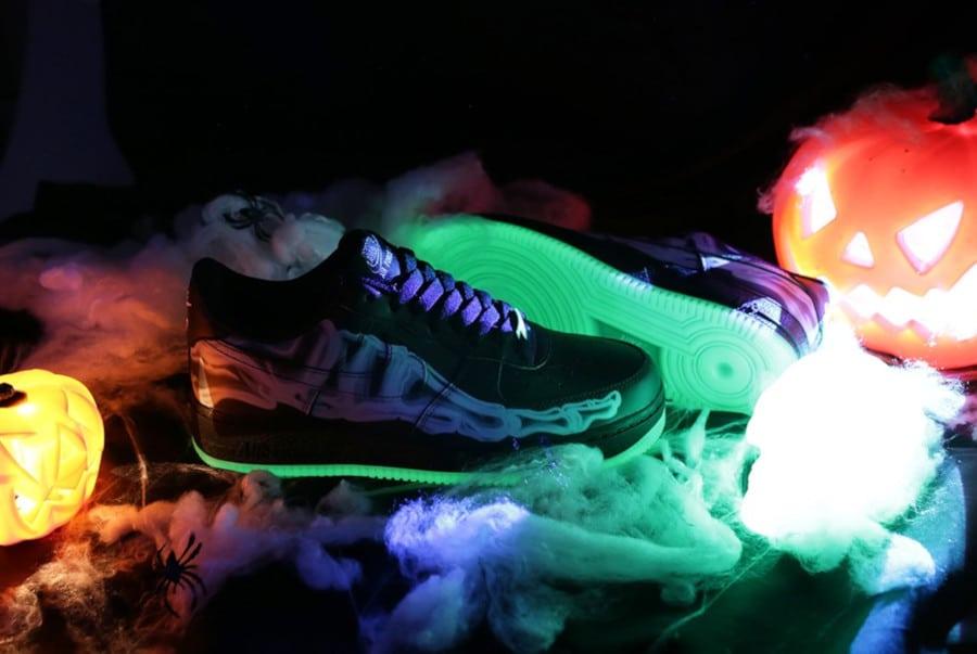 Nike Air Force One qui brille dans le noir (1)
