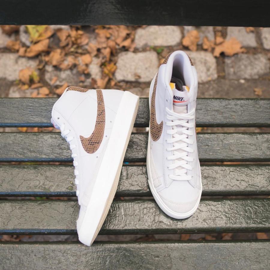 Nike Blazer Mid 77 Vintage blanche grise avec print serpent marron (1)