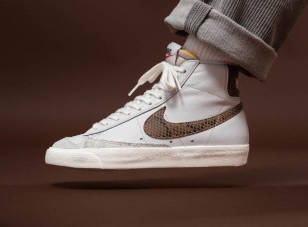 Nike Blazer Mid 77 Vintage blanche grise avec print serpent marron (6)