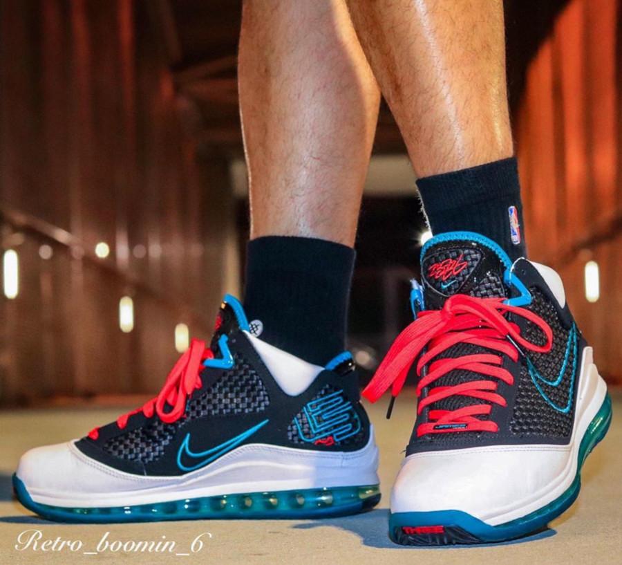 Nike Lebron VII blanche rouge et noire (2)