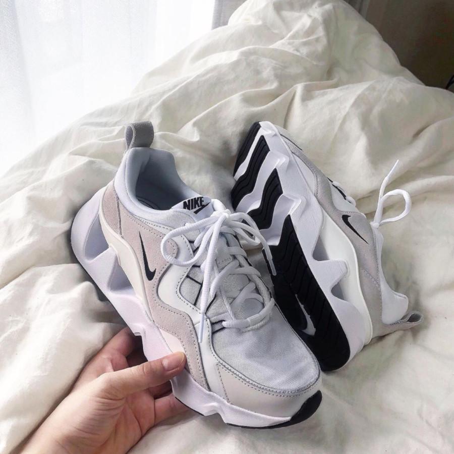 Nike RYZ 365 blanche blanc cassé et noire BQ4153-100 (4)