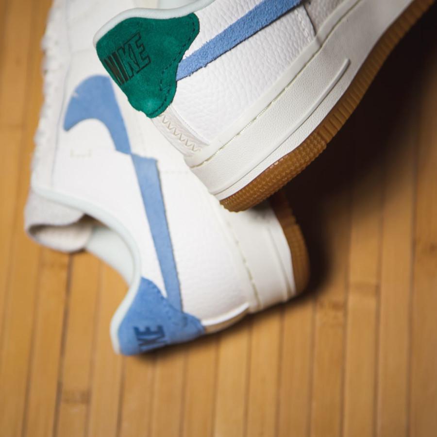 Nike Womens Air Force 1 Lux blanc cassé verte et bleue BV0740-100 (1)