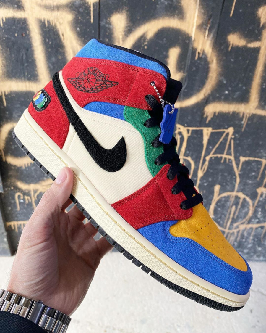 Blue The Great x Air Jordan 1 Mid SE 'Fearless Ones' (1)