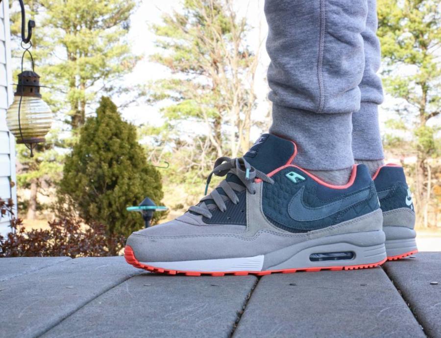 Mita Sneakers x Nike Air Max Light Keiji Salmon - @sole__assassin