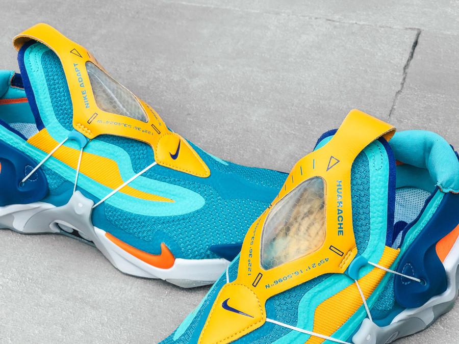 Nike Adapt Huarache bleu sarcelle jaune orange et verte (1)
