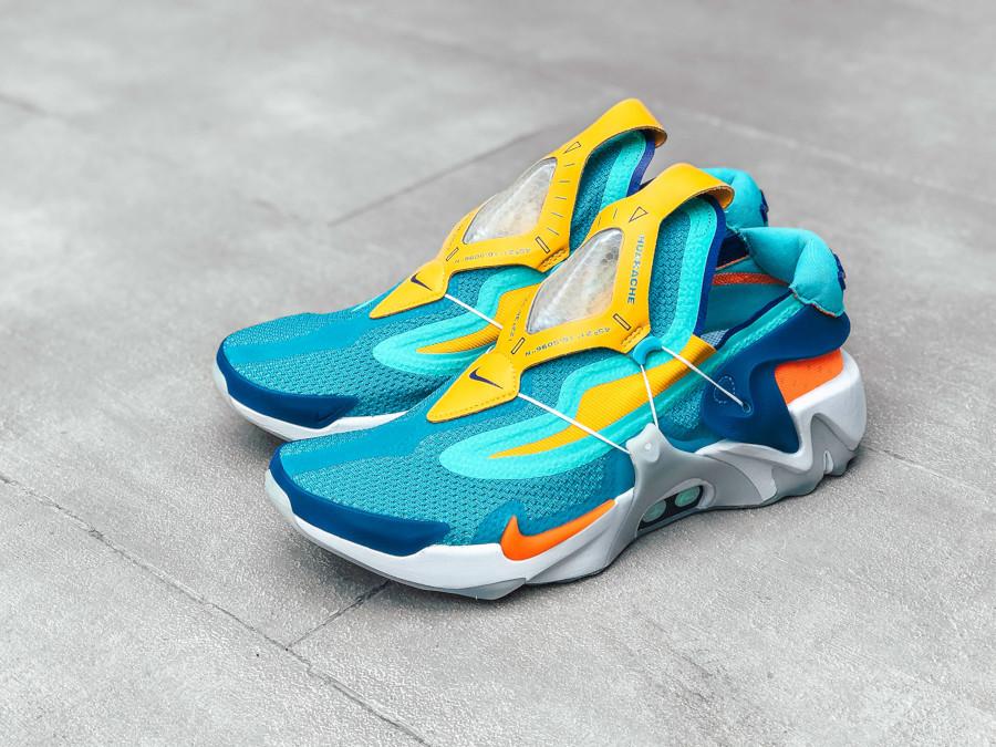 Nike Adapt Huarache bleu sarcelle jaune orange et verte (2)