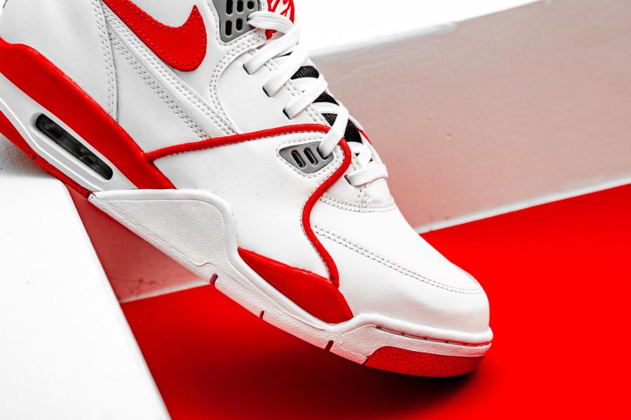 Nike Air Flight 89 blanche rouge et grise (2)