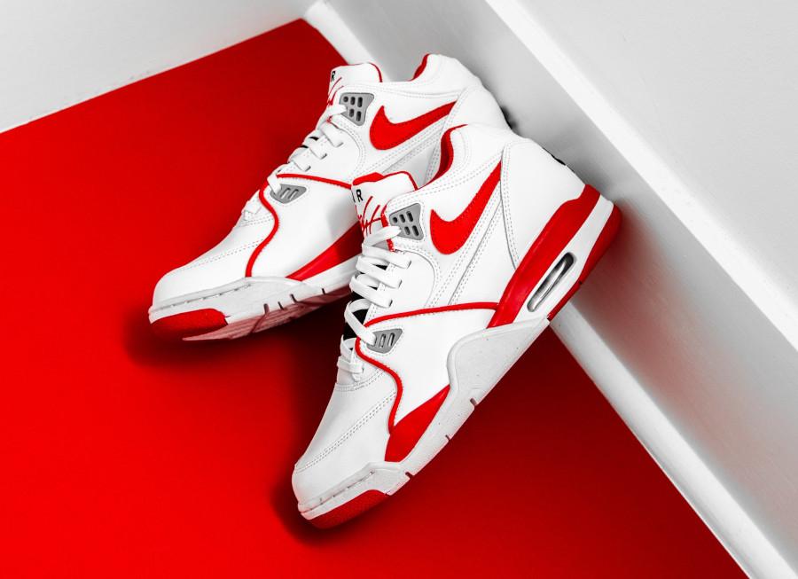 Nike Air Flight 89 blanche rouge et grise (4)