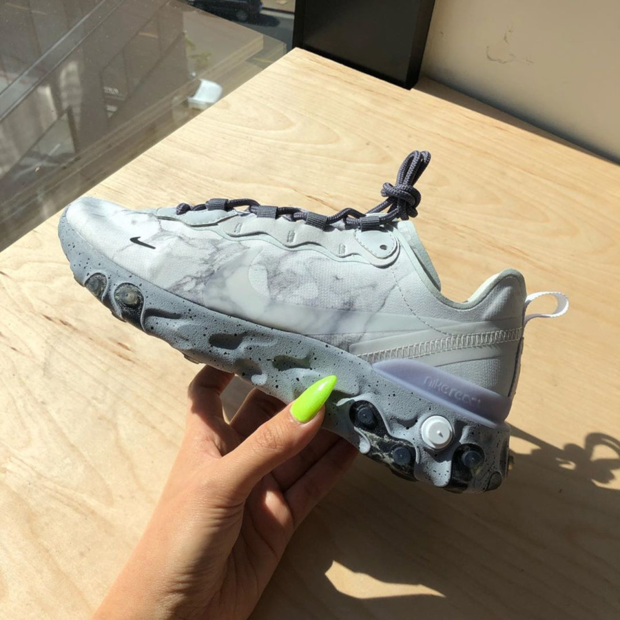 Nike React Element 55 grise blanche et noire CJ3312-001 (3)