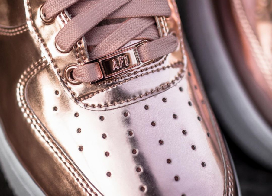 Nike Wmns Air Force 1 Low SP Metallic Bronze (3)