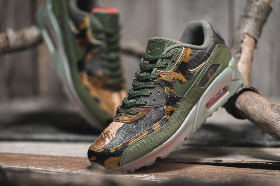 Nike-air-max-90-nrg-cargo-khaki-university-red-CU0675-300 (3)