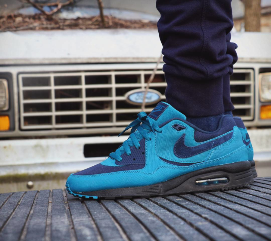 Size x Nike Air Max Light Navy - @sole__assassin