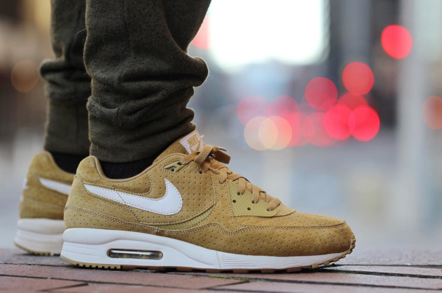 Size x Nike Air Max Light Perf Pack Gold - @grapeylyle