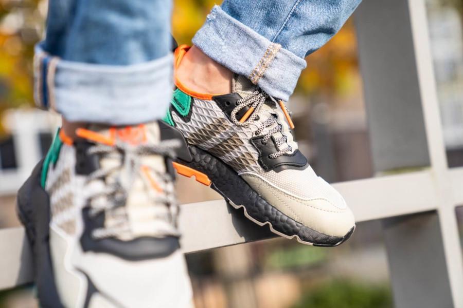 adidas-nite-jogger-marron-beige-noire-vert-orange-EE5569 (1-1) (2)