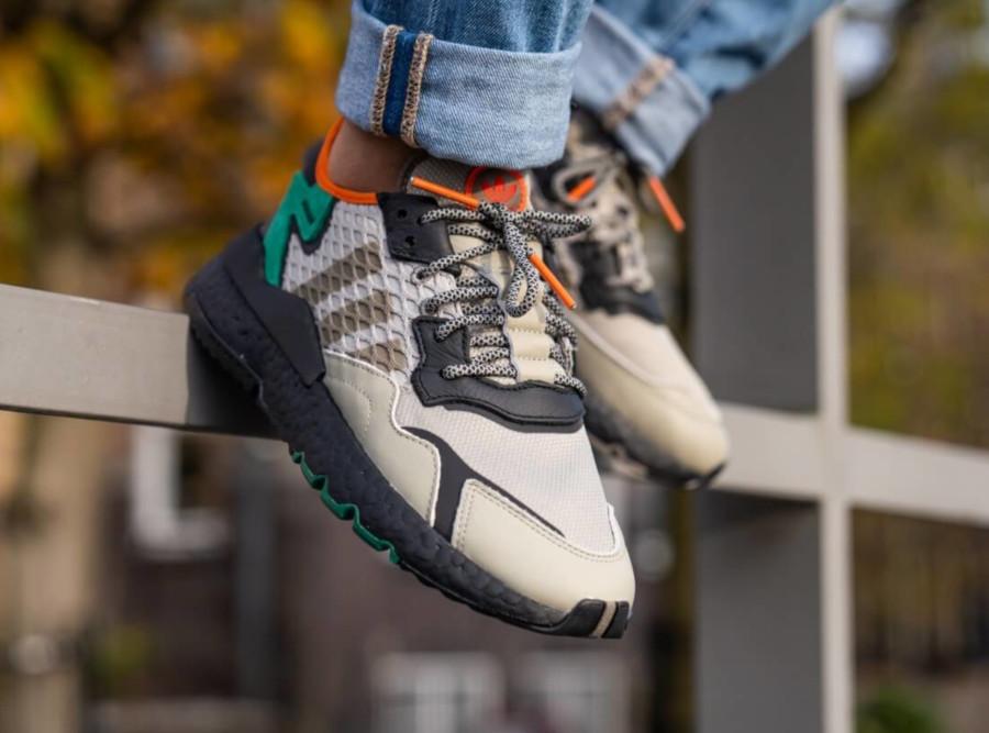 adidas-nite-jogger-marron-beige-noire-vert-orange-EE5569 (5)