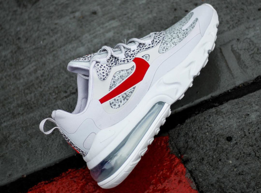 nike-air-max-270-react-neutral-gery-university-red-CT2535-001 (1)