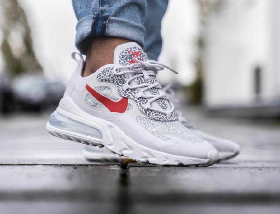 nike-air-max-270-react-neutral-gery-university-red-CT2535-001 (6)