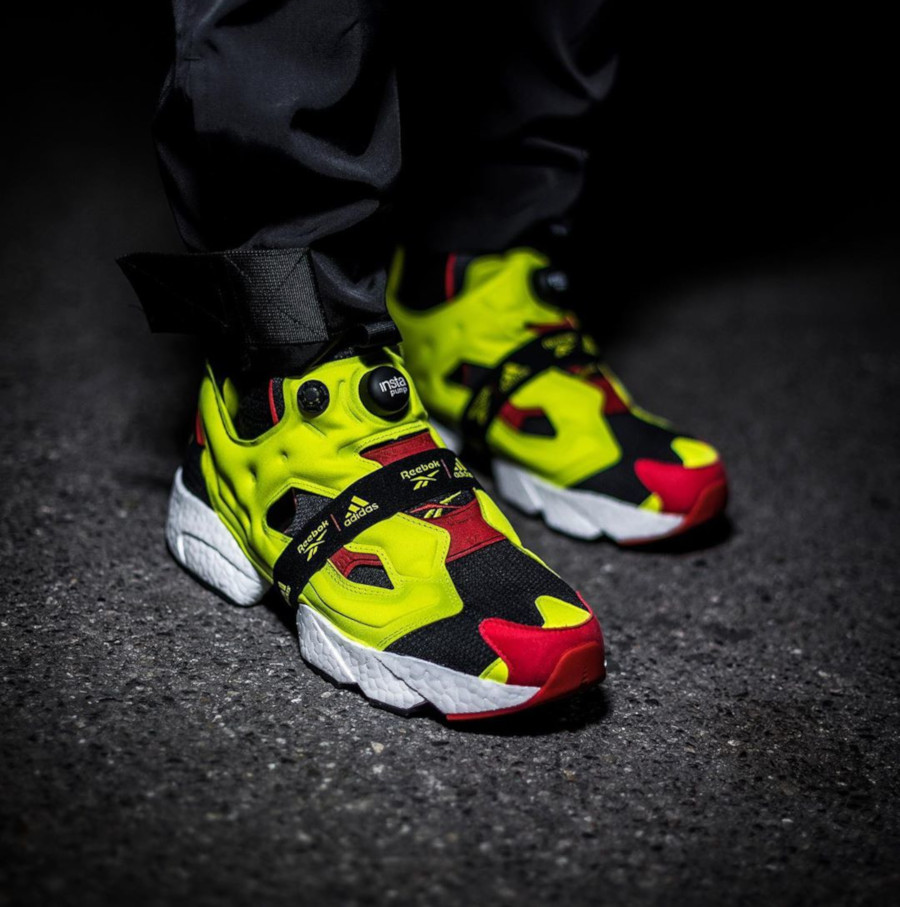 reebok-insta-pump-fury-boost-black-hypergreen-red-FW5305 (5)