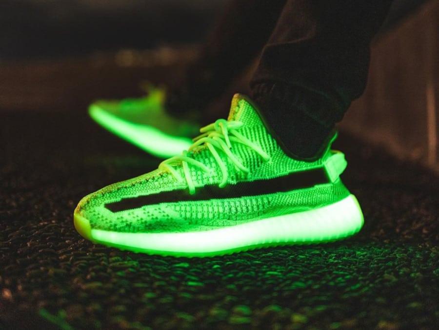 Adidas Yeezy 350 V2 GITD Glow in the Dark - @_vashthestampede_
