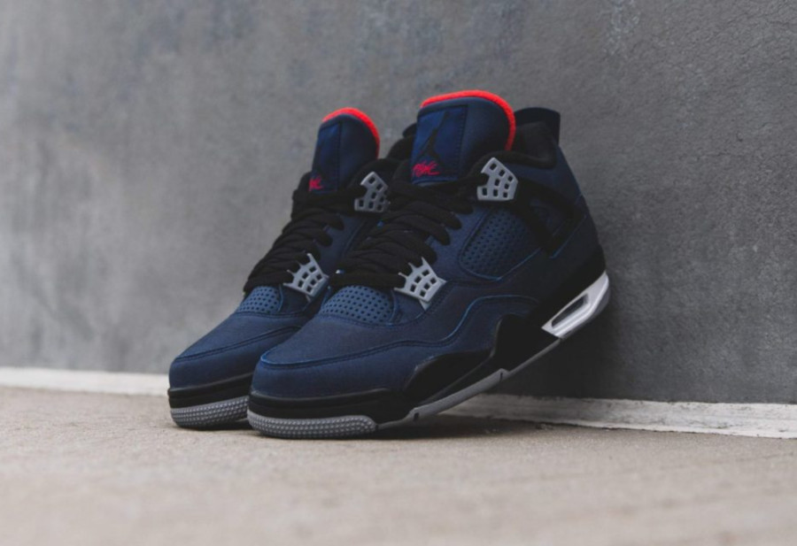 Air-Jordan-4-Retro-WNTR-Loyal-Blue-5-3