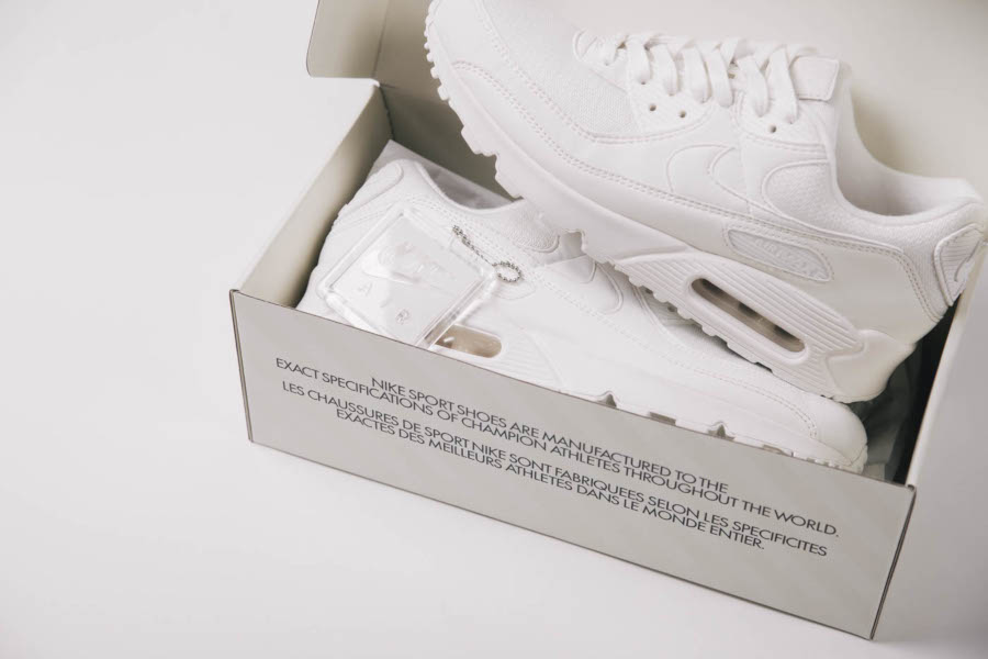 Boîte de la Nike Air Max 90 30ème anniversaire (1)