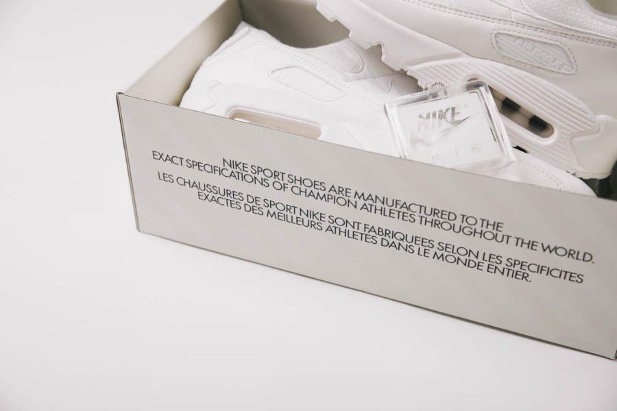 Boîte de la Nike Air Max 90 30ème anniversaire (2)