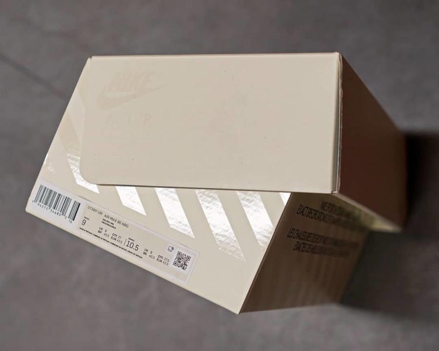 Boîte de la Nike Air Max 90 30ème anniversaire (3)