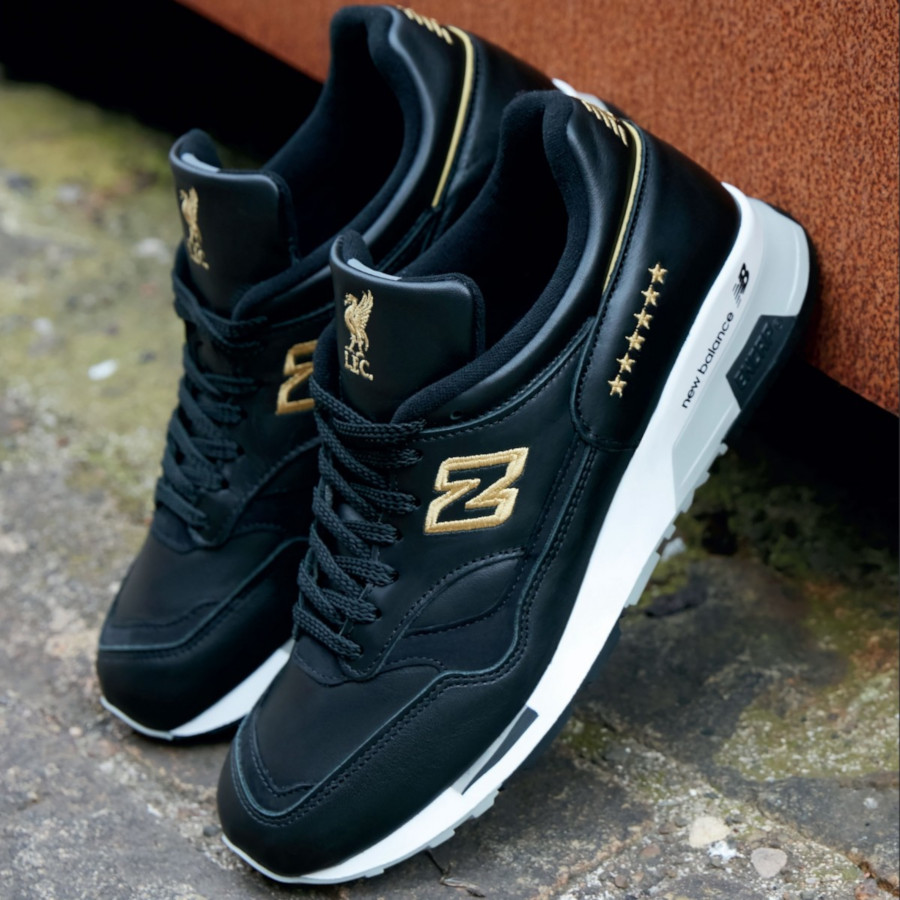 Liverpool-FC-x-New-Balance-1500-Six-Times-Collection-made-in-England-3