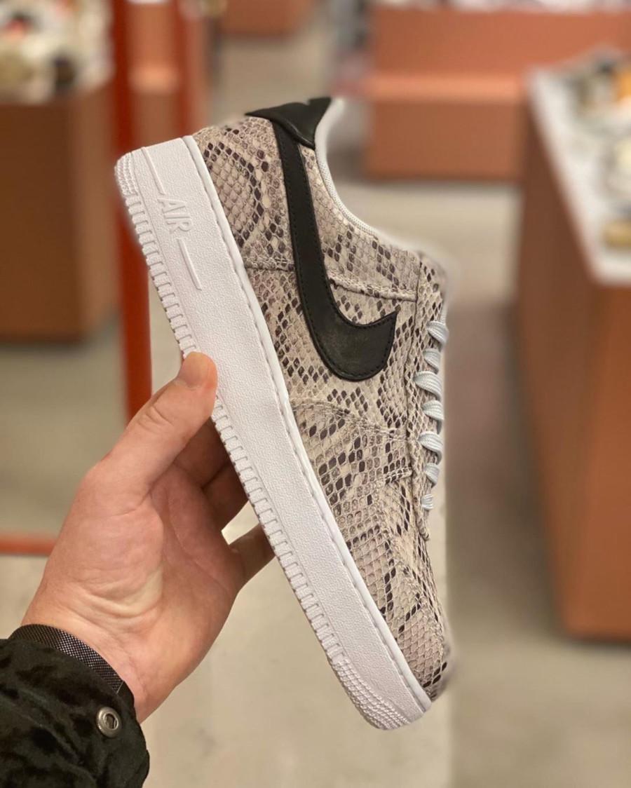 Nike Air Force 1 '07 Premium 'Snakeskin' (White Black Pure Platinum) (1)