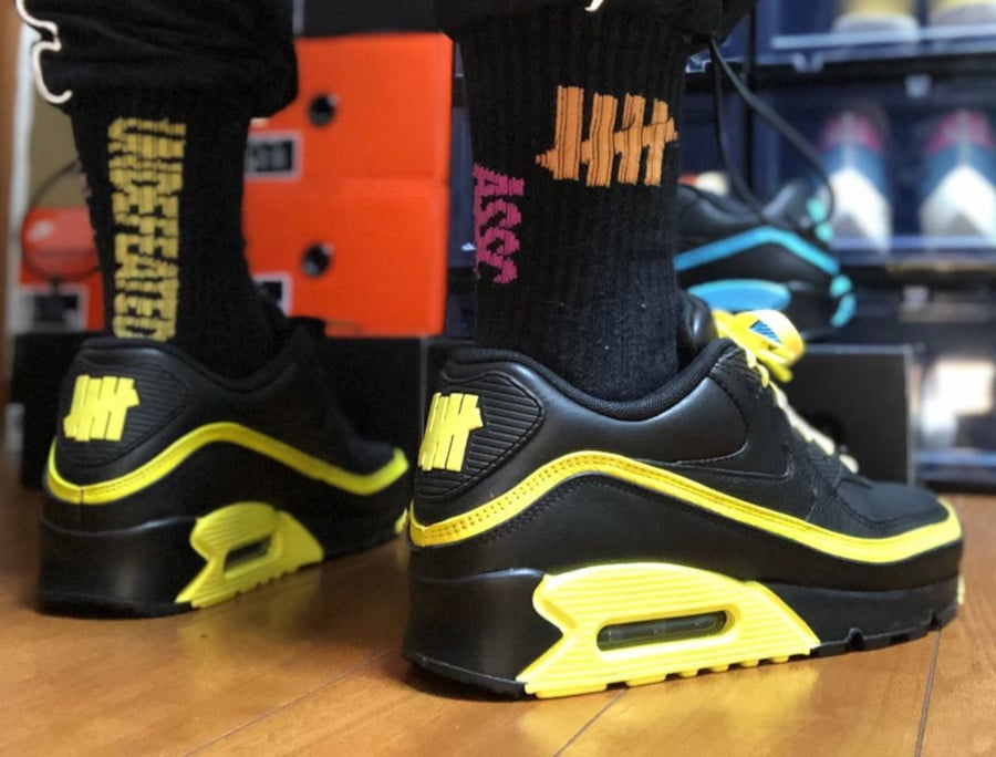 Nike Air Max 90 Black Optic Yellow CJ7197-001 (2)