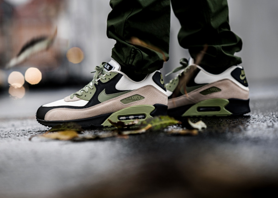 Nike-Air-Max-90-NRG-Lahar-Light-Cream-Alligator-Pale-Ivory-Black-ci5646-200-2