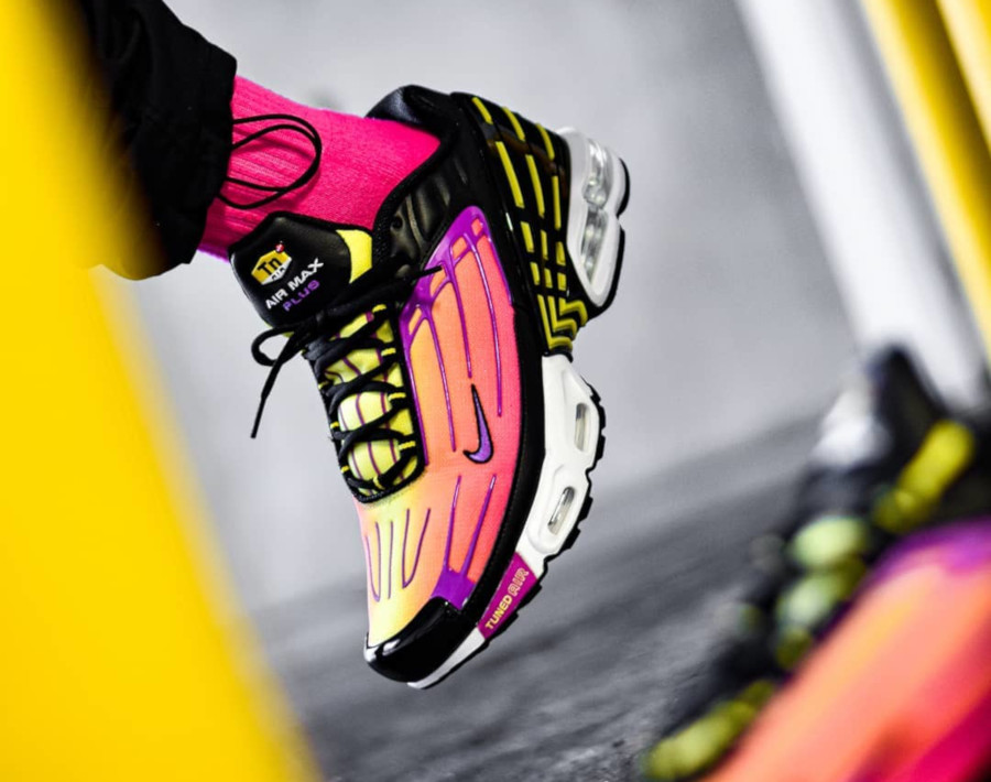 Nike Air Max Plus 3 Tuned 'Black Hyper Violet Pink Blast' (5)
