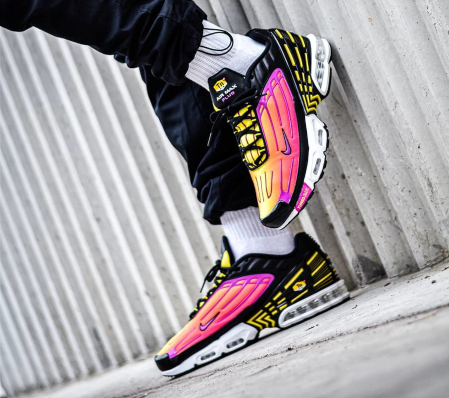 Nike Air Max Plus 3 Tuned 'Black Hyper Violet Pink Blast' (6)