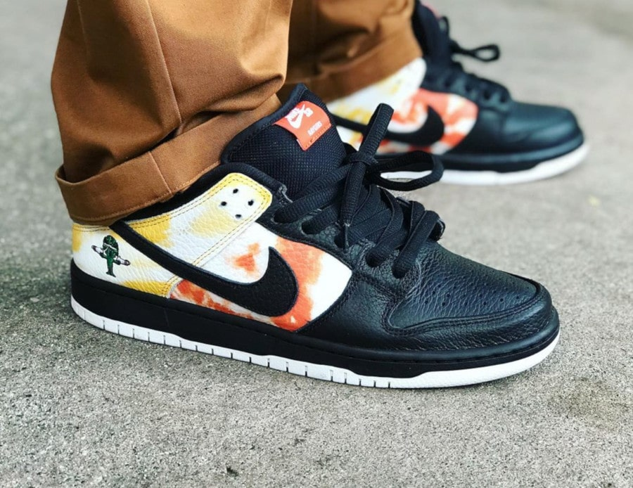 Nike SB Heritage Dunk Low Roswell Rayguns Tie Dye 2019 (Black) (3)