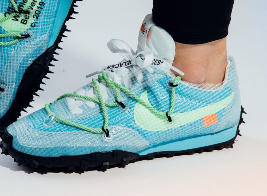 nike x off-white waffle racer pour femme athlete in progress