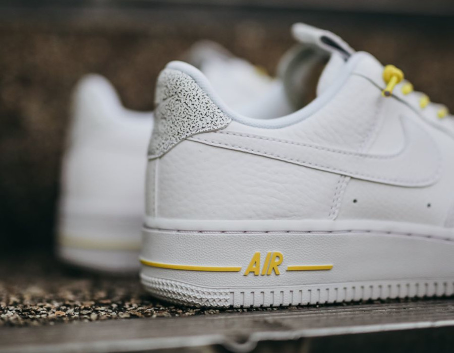 Nike Wmns Air Force 1 '07 Lux Pull Tab 'White Chrome Yellow' (1)