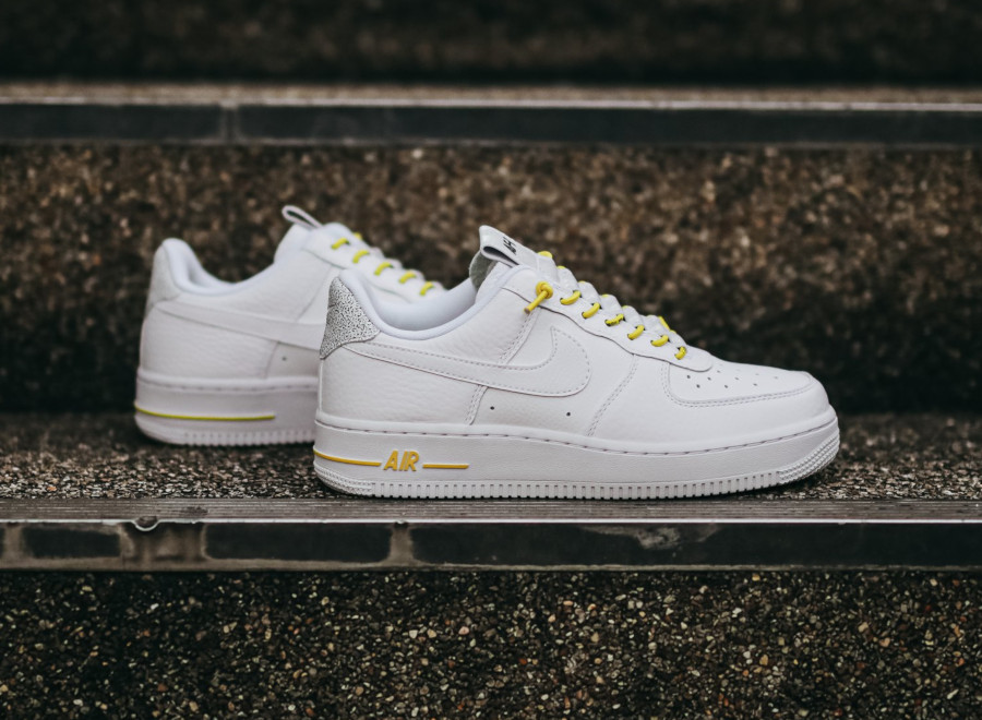 Nike Wmns Air Force 1 '07 Lux Pull Tab 'White Chrome Yellow' (2)