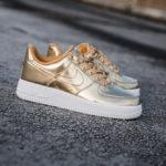 Nike Wmns Air Force 1 Low SP 'Metallic Gold' (Liquid Metal Pack 2019)