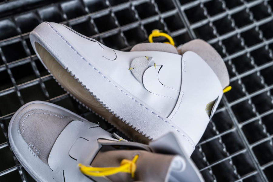 Nike Wmns Air Force 1 Vandalized LX White Chrome Yellow (3)